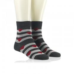 Modne nogavice - rdeči srčeki na sivi črti